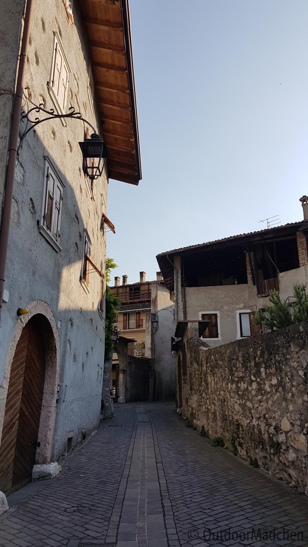 Wanderung-Bosco-Caproni-Gardasee-Outdoormaedchen-2
