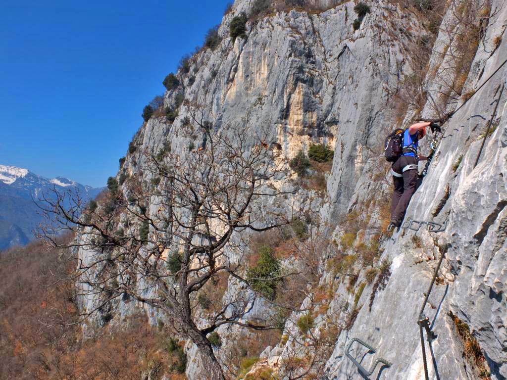 Klettersteig Riva Del Garda : Klettersteigwoche am gardasee mountain sports zillertal