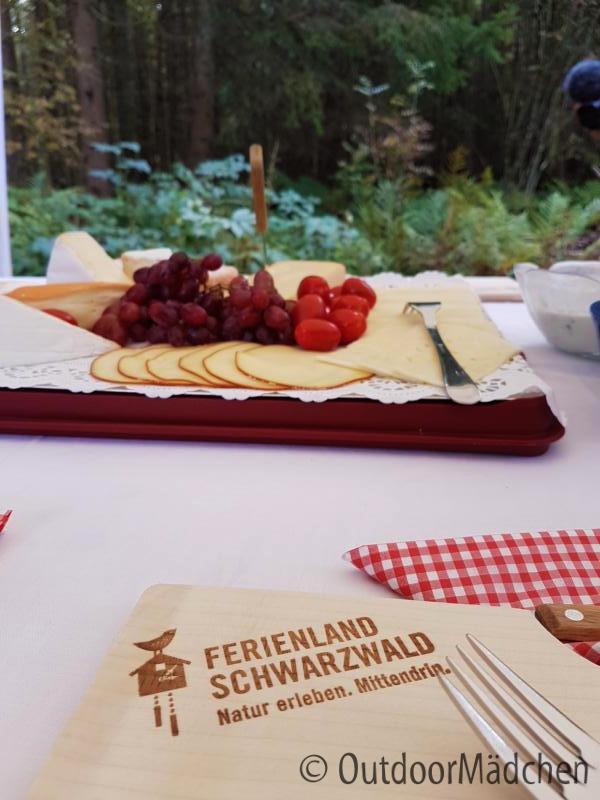 E-MTB-und-Wanderung-Blindensee-Schwarzwald-outdoormaedchen (15)
