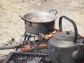 Kochen-am-Feuer-outdoor-Namibia