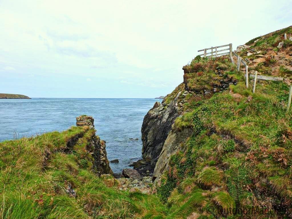 Pembrokeshire-Coast-Path-St-Davids-Wales (14)